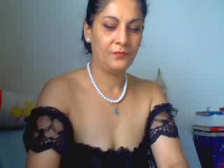 I`m alone and bored at home, have you any playful ideas for me? I`m horny, wet and ready to go - but nobody to play with. :) Come and help me - let me take care of you too. ;)