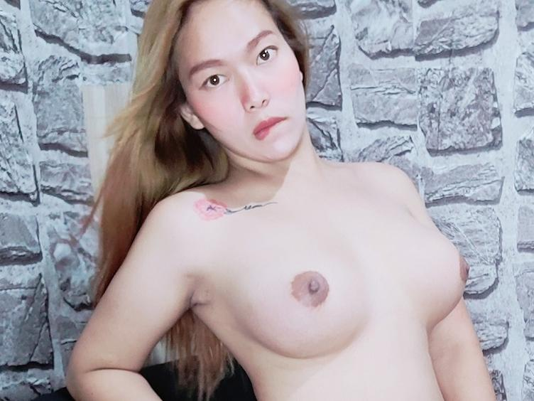 Hello, I am your sexy, hot, horny trans-queen, with a sexy, slim body and very naughty. Come and visit me in my chatroom and we can play together.